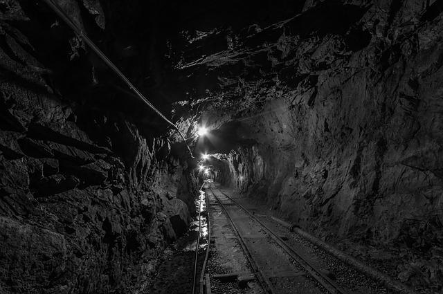 lavorazione miniera oro